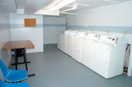 Good neighbor tips laundry room etiquette sela apartments sela apartments - Tips for a successful apartment investment ...